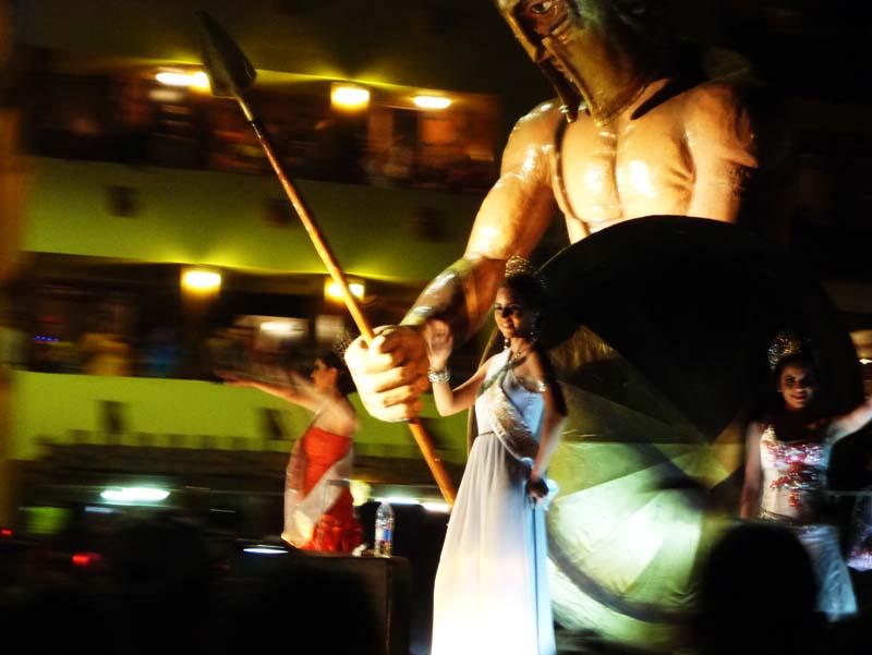 Mazatlan Carnaval - serene looking wave