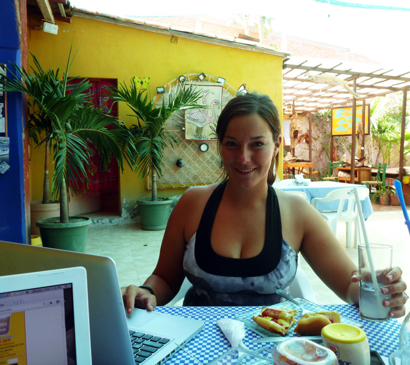 Working while cruising - Internet and wifi in La Cruz's Ya-Ya's Cafe
