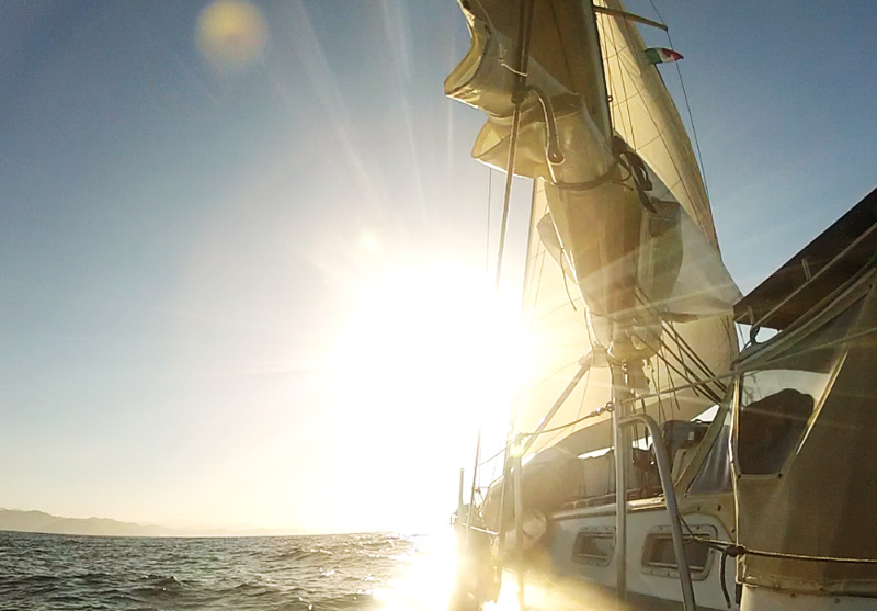 Gorgeous sunrise sailing on Brio