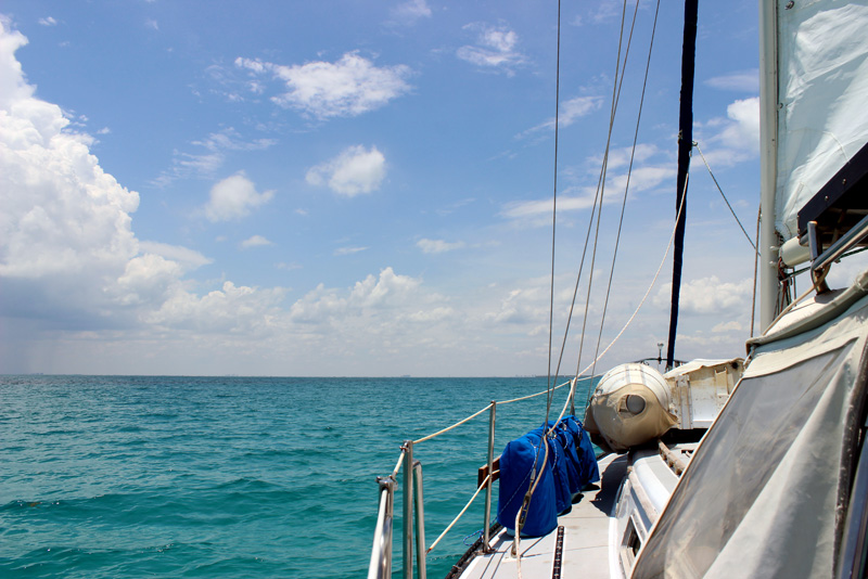 Sailing along Hawk Channel in the Florida Keys