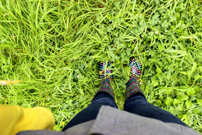 Fall polka-dot rubber boots