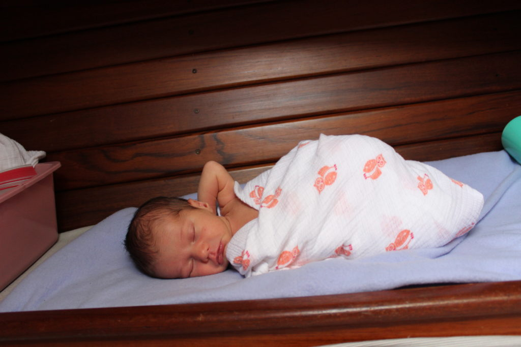 Newborn baby bed on a 33' sailboat - sleeping right beside the vberth