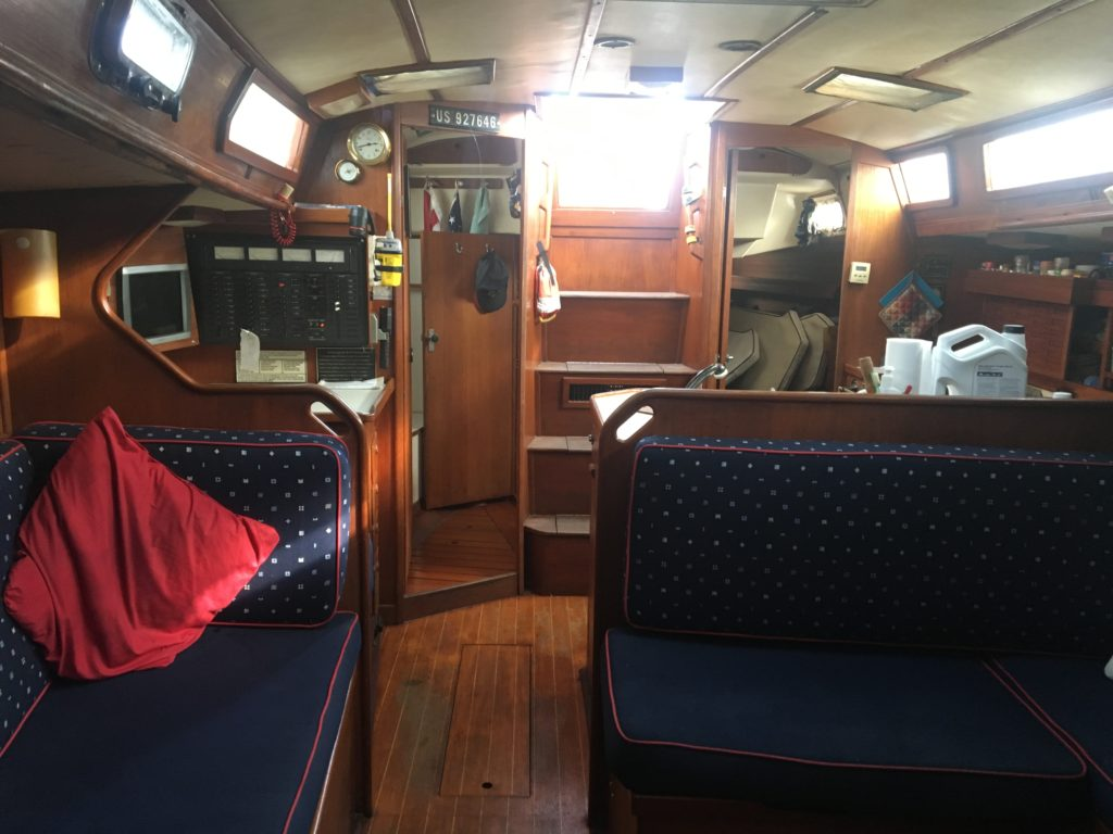 Sabre 42' CB sailboat - interior looking aft